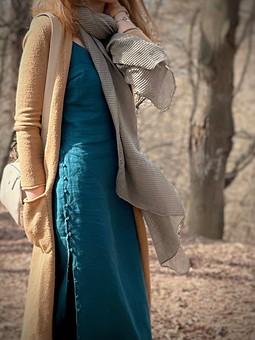 Работа с названием Льняное платье-комбинация