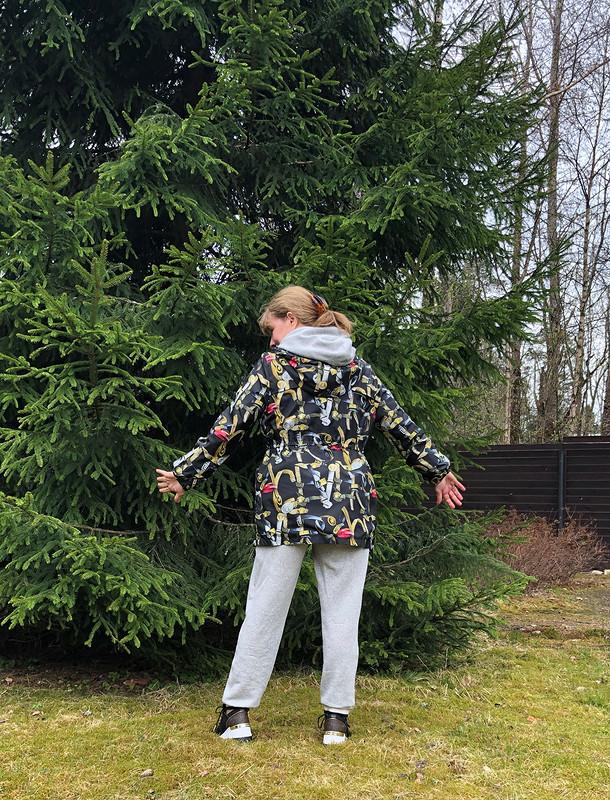 Куртка-ветровка от verusha