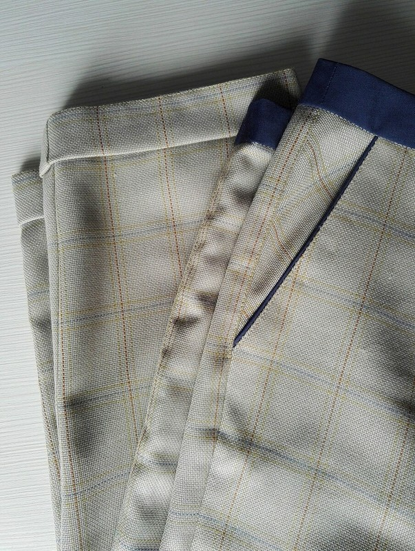 Костюм вклетку: брюки от КМ