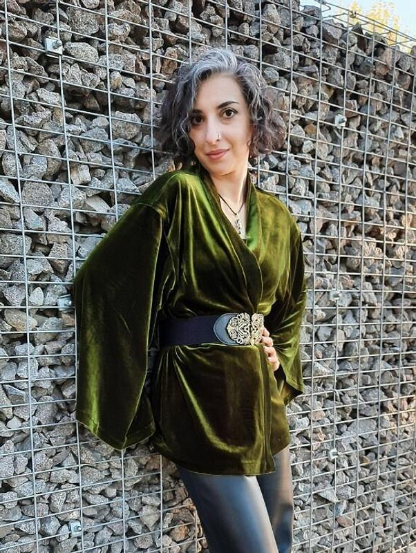 Оливковое кимоно от Garpia