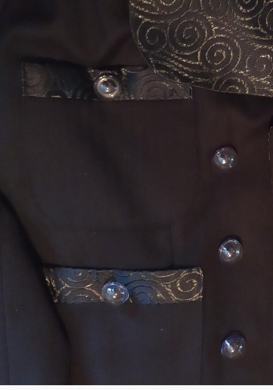 Строгий черный костюм иблузка сбантом от Ольга Найкова