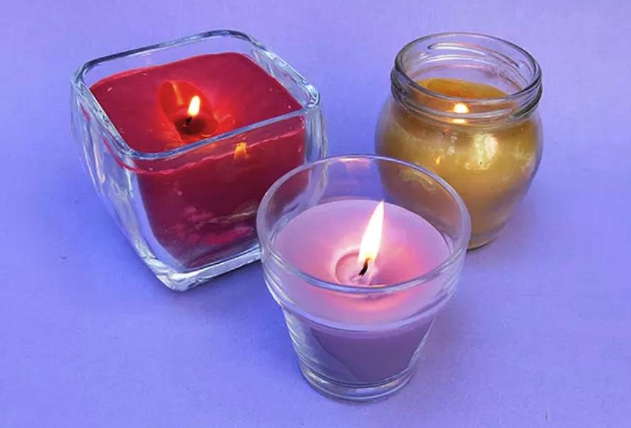 Как сделать свечу изстарых свечей своими руками