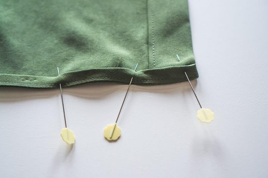 Как обработать косой бейкой фигурный низ блузы: мастер-класс