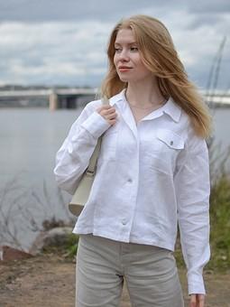 Работа с названием Льняная рубашка