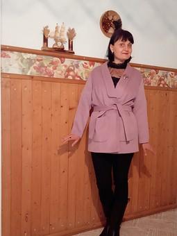 Работа с названием Жакет - полупальто в розовом цвете