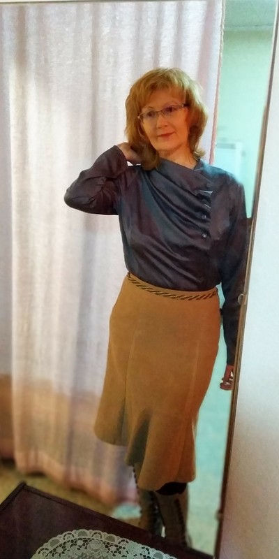 Блузка сассиметричной застежкой металлик от Любовь