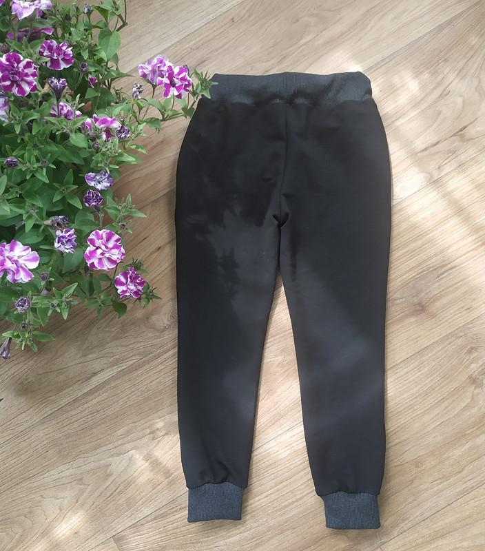 Спортивные штаны от MarinaHymenyk