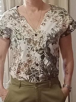 Работа с названием Блузка-рубашка на каждый день