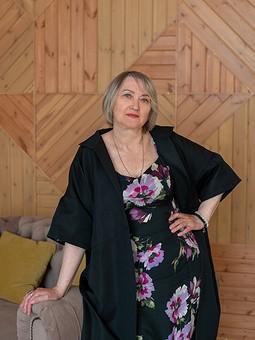 Работа с названием Пальто-кимоно для мамы