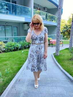 Работа с названием Трикотажное платье для лета