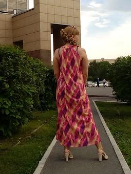 Работа с названием Платье «Перья». Американская пройма