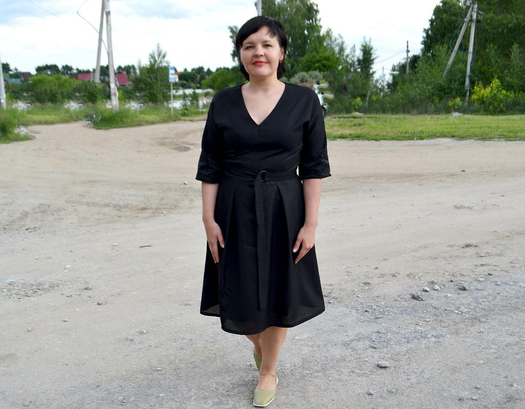 Черное льняное платье от Любаева Светлана
