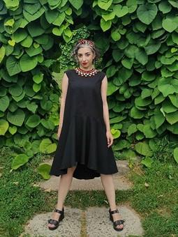 Работа с названием Черное платье на лето