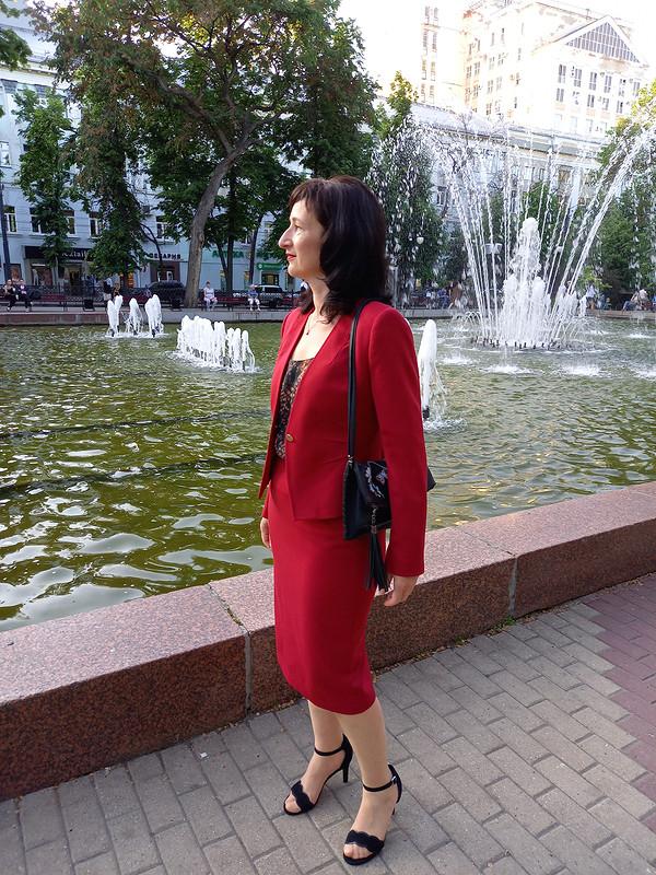 История любви или женщина вкрасном (костюме) от Lanawind