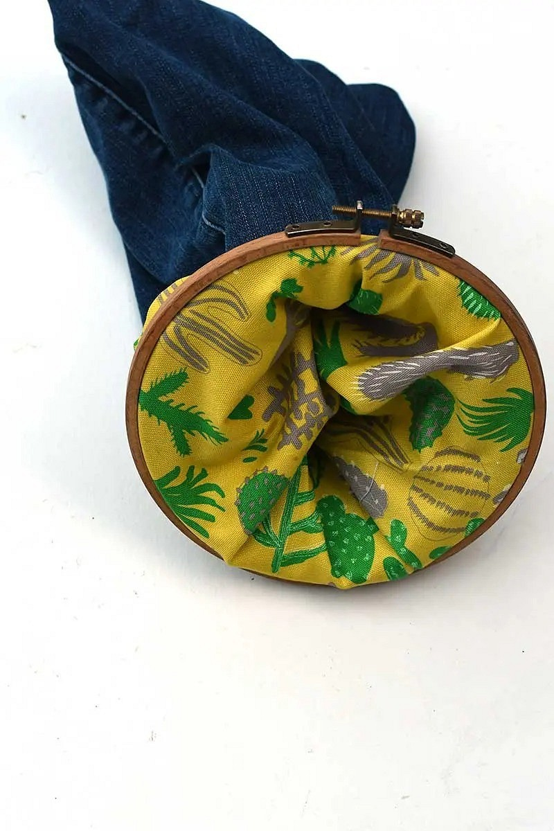 Идея: подвесные корзинки изстарых джинсов ипялец