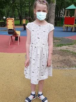 Работа с названием Льняное платье.