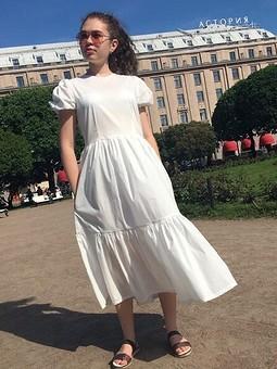 Работа с названием Летнее белое платье