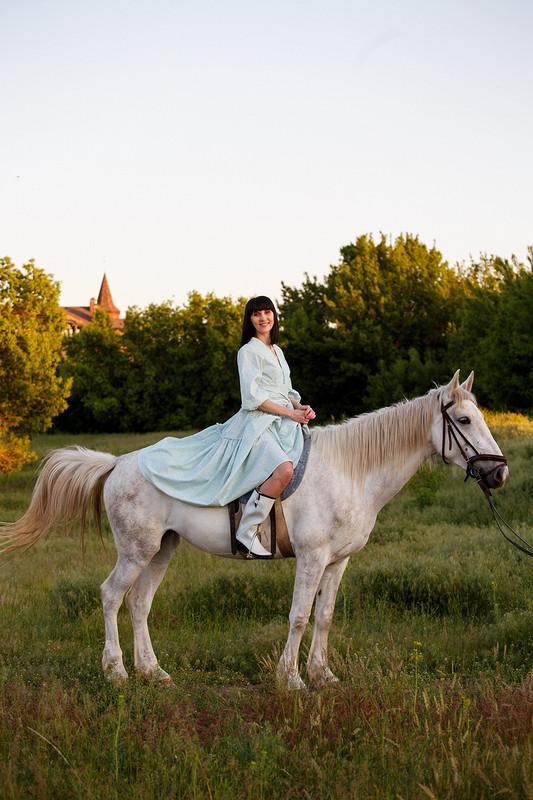 Платье сцветочным принтом от Ольга Малышко