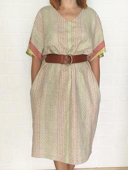 Работа с названием Платье из льняного полотенечного полотна