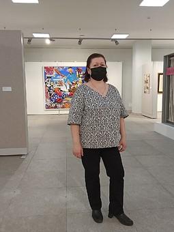 Работа с названием Мартовская блузка с V-вырезом для мамы