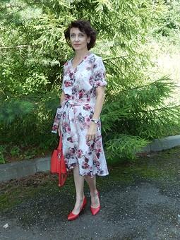 Работа с названием Платье из чудесной вискозы