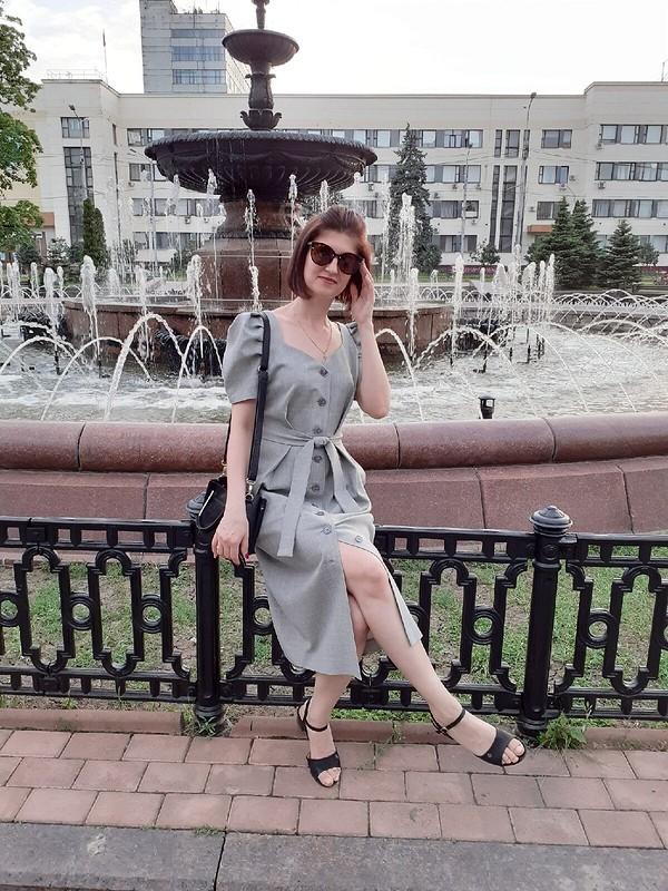 Серое платье от Мелания
