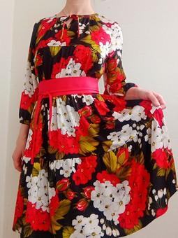 Работа с названием Ярусное платье