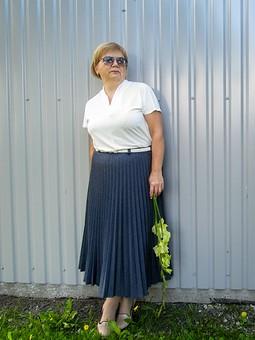 Работа с названием Джинсовая юбка к 1 сентября