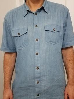 Работа с названием Мужская летняя джинсовая рубашка