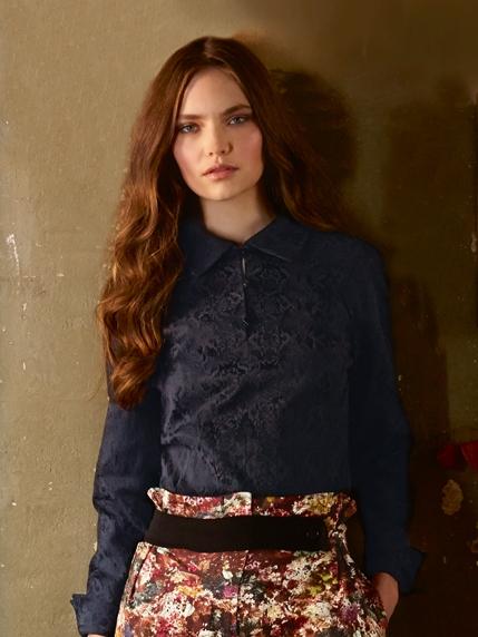 Блузка с баской бурда