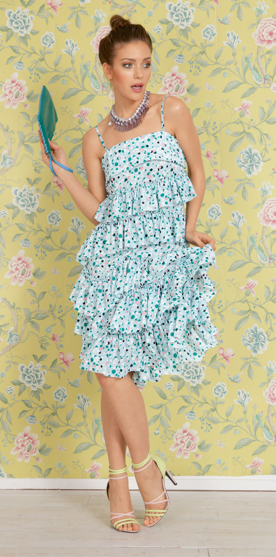 Платье из ткани с оборками