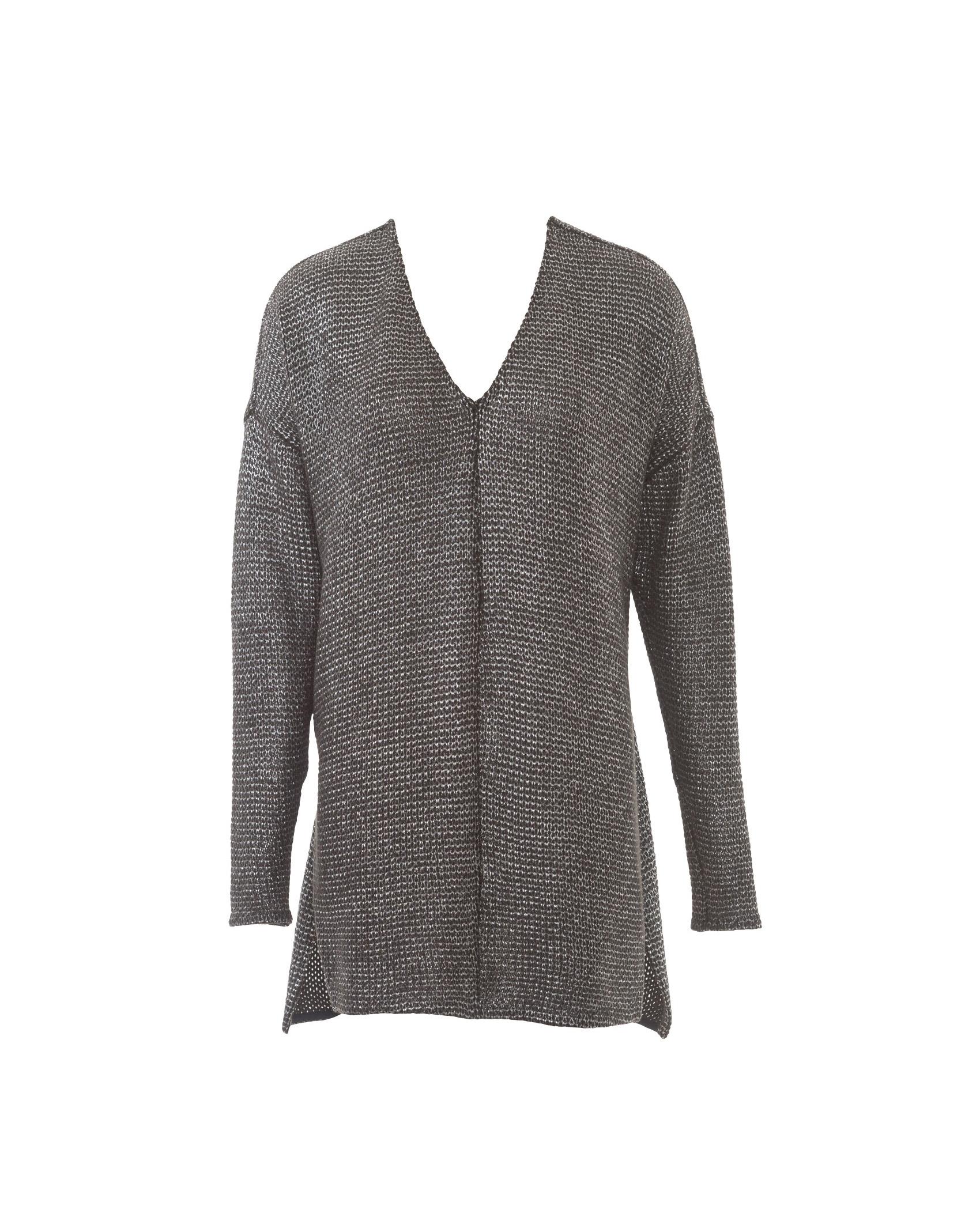 Выкройка пуловера с в образным вырезом