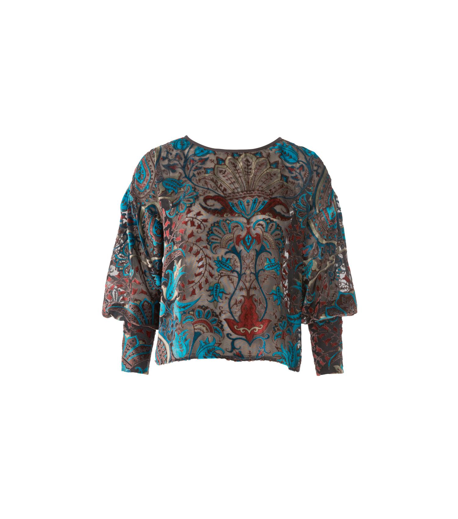 Блузка с манжетами