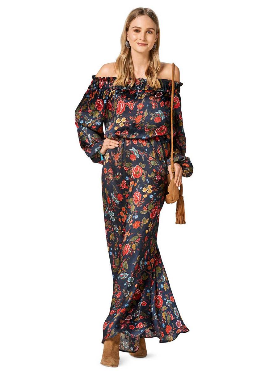 Платье с воротом кармен