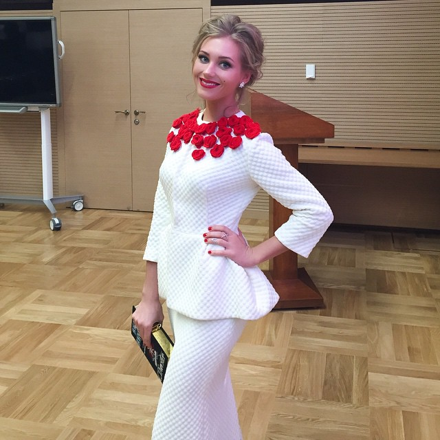 Кристина асмус юбка