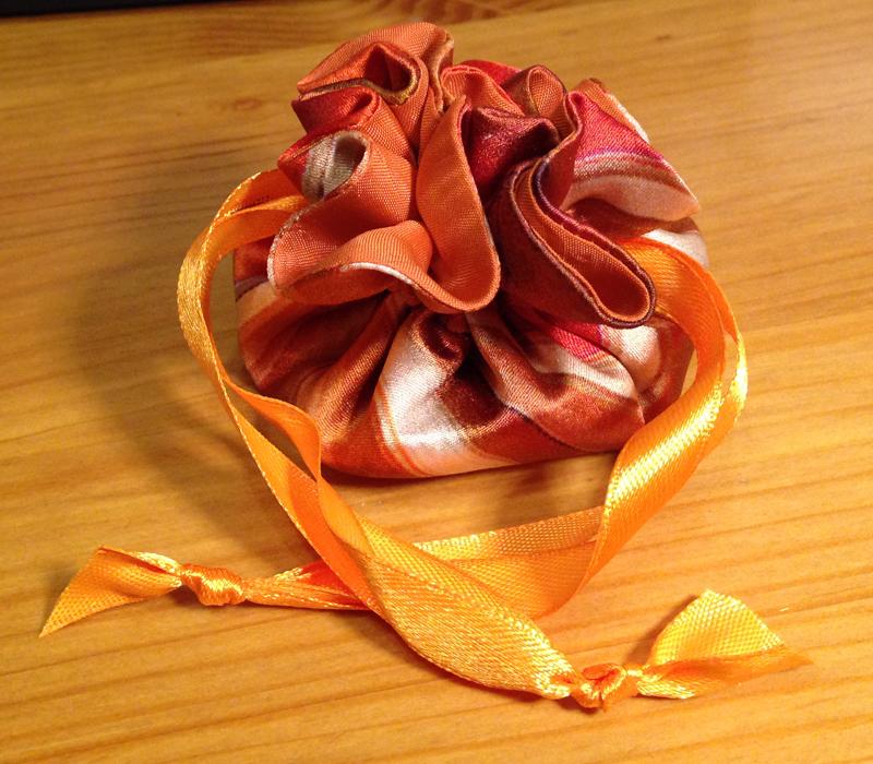 Оригинальные сувениры из ткани