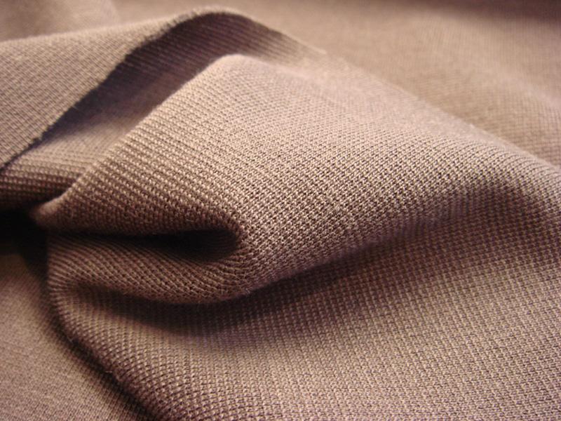 Что за ткань джерси: особенности, свойства, уход