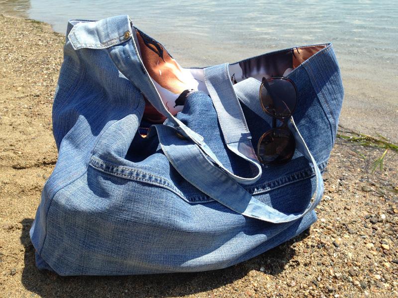 c91ff3b63961 Большая пляжная сумка из старых джинсов своими руками — Мастер ...