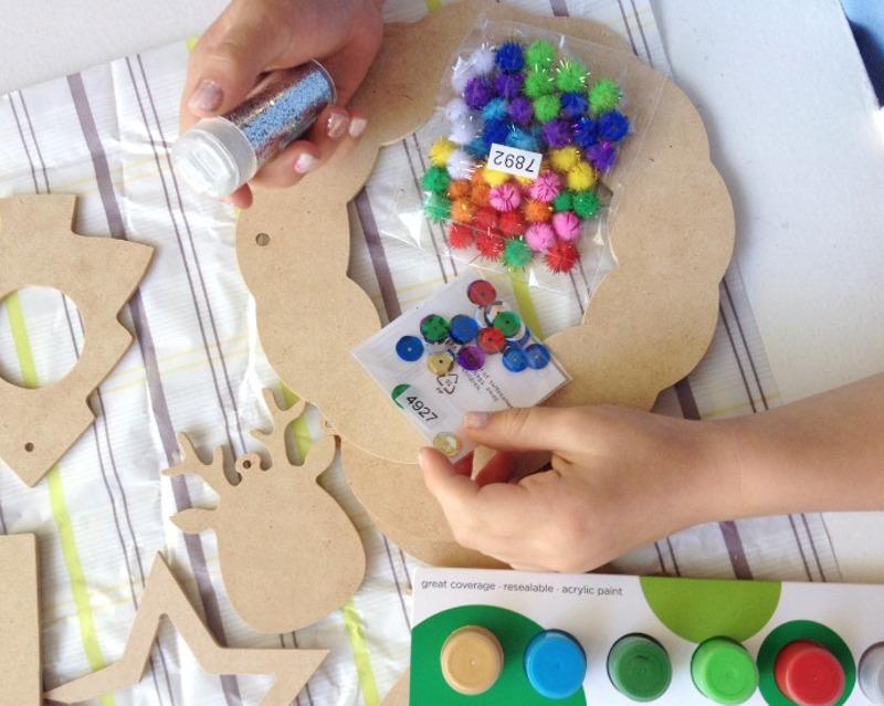 Мастерим с детьми: новогодний венок