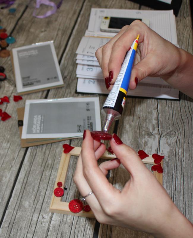 Романтический декор фоторамки ко Дню влюбленных