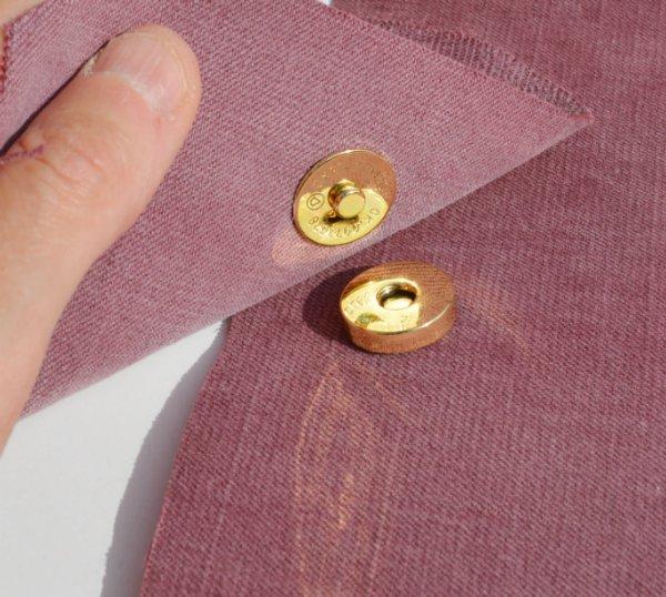 Установка магнитных кнопок украшения цепочка