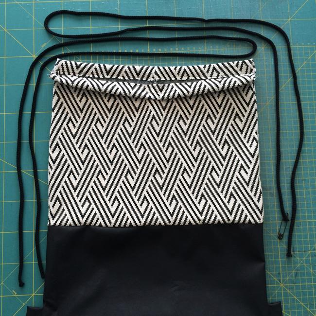 Рюкзак-мешок длясменной обуви своими руками