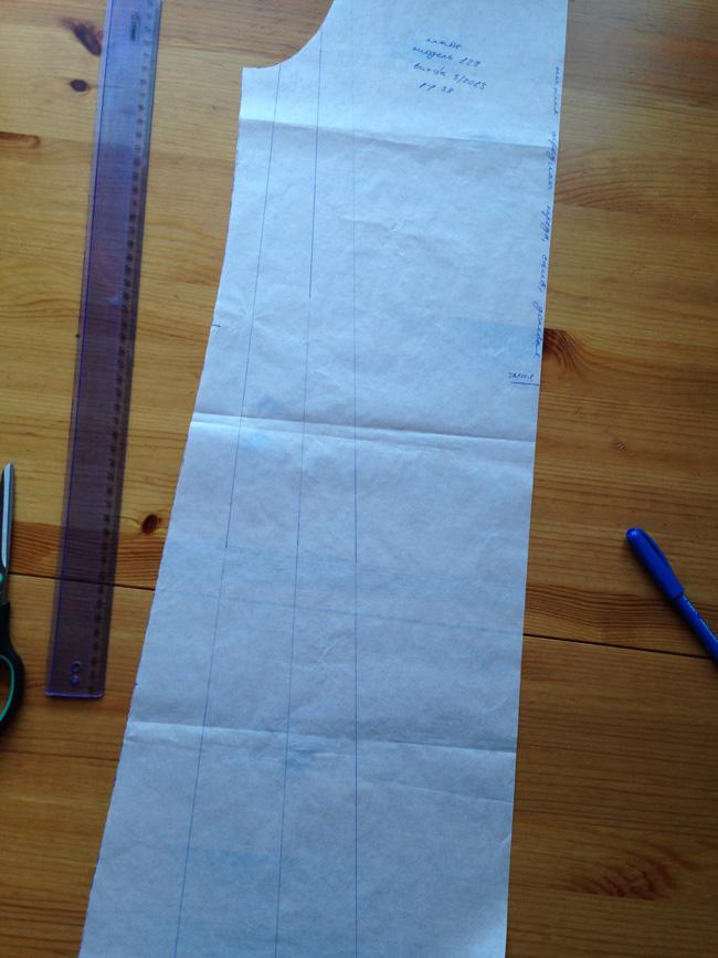 Выкройка слегка расклешенного платья