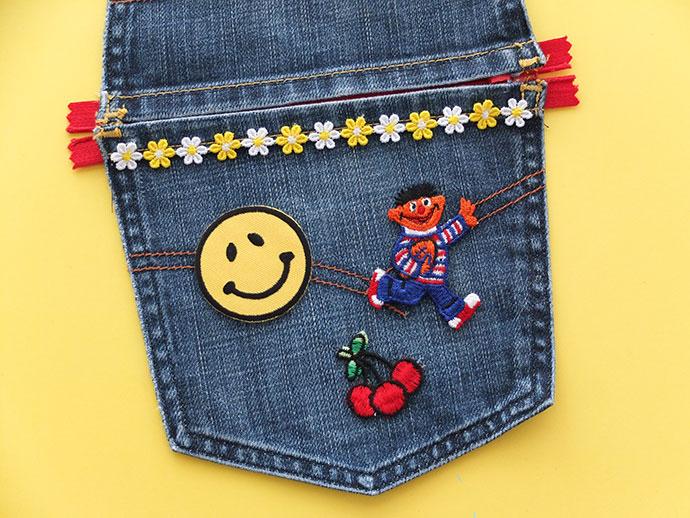 Косметичка из старых джинсов