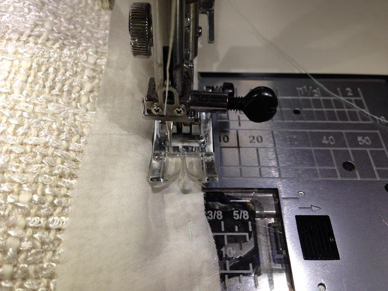 Обработка косой бейкой коротких припусков изделия