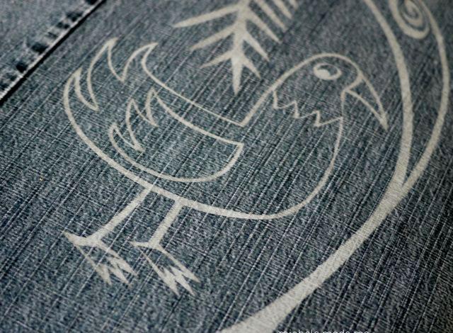 Новая обивка для стула из старых джинс