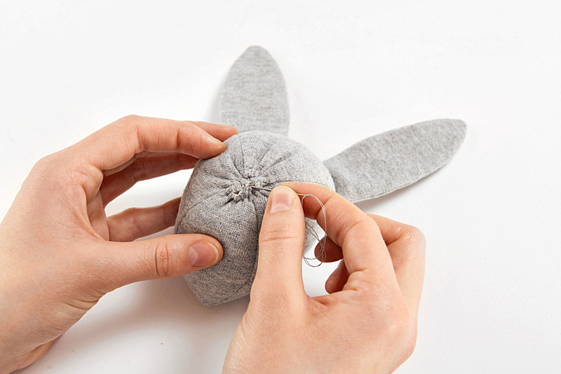 Пасхальный кролик своими руками