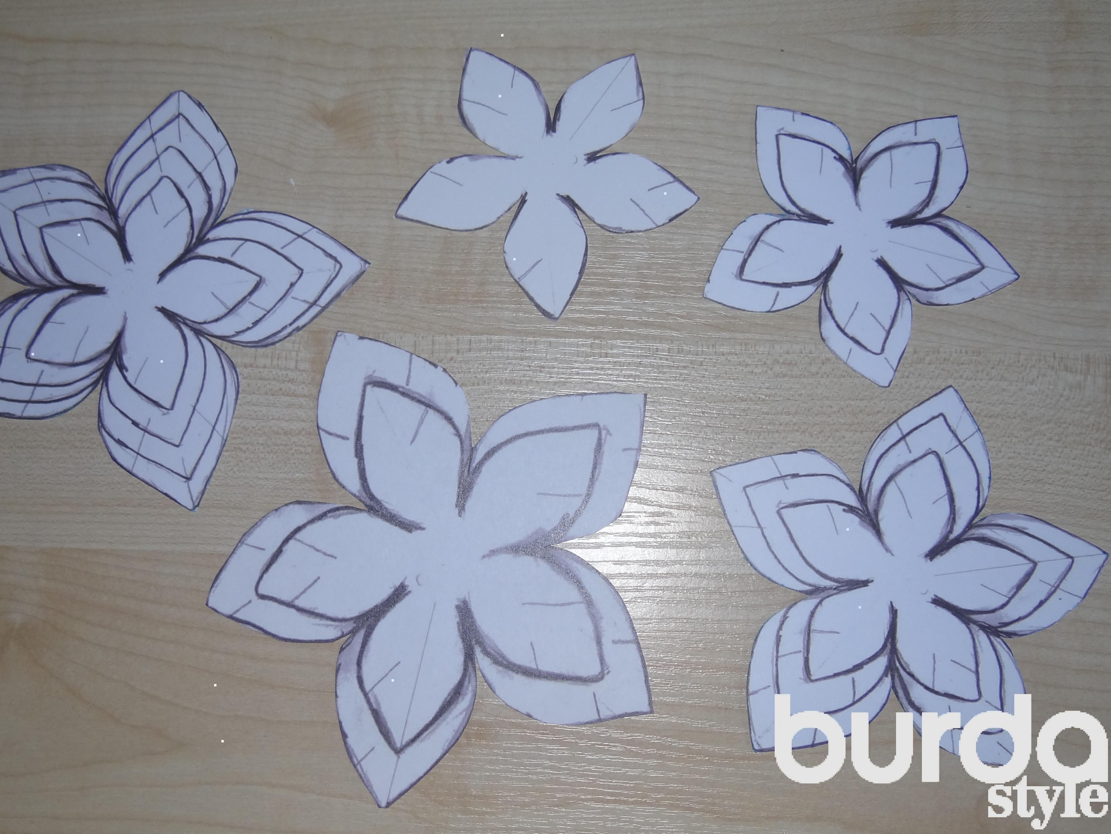 Как сделать.цветок из ткани своими руками
